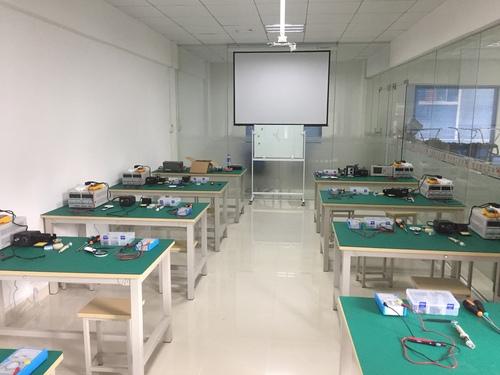 电路板维修培训室
